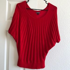 🌸$10 Red Express Top